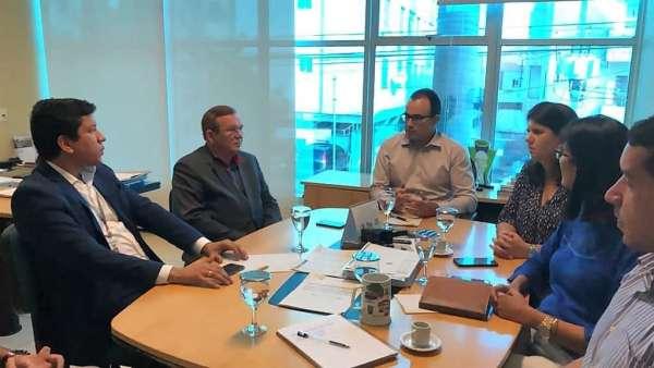 Superintende da Semace em reunião com representantes do governo do Rio Grande do Norte
