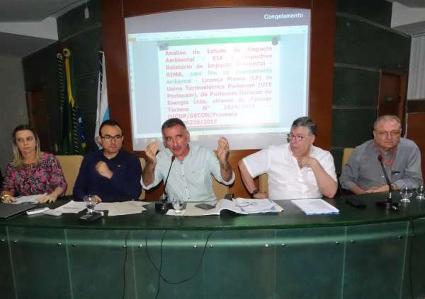 Presidente do Coema fala durante reunião do Conselho