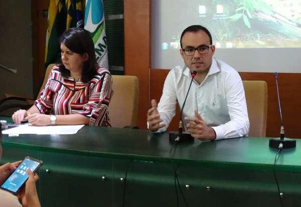 Superintendente Carlos Alberto Mendes fala na abertura do Diálogos Ambientais